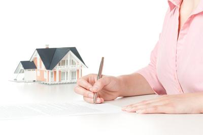 Форма договора купли-продажи недвижимости всегда будет письменной.